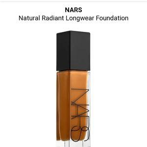 Nars natural radiant longwear foundation Cadiz